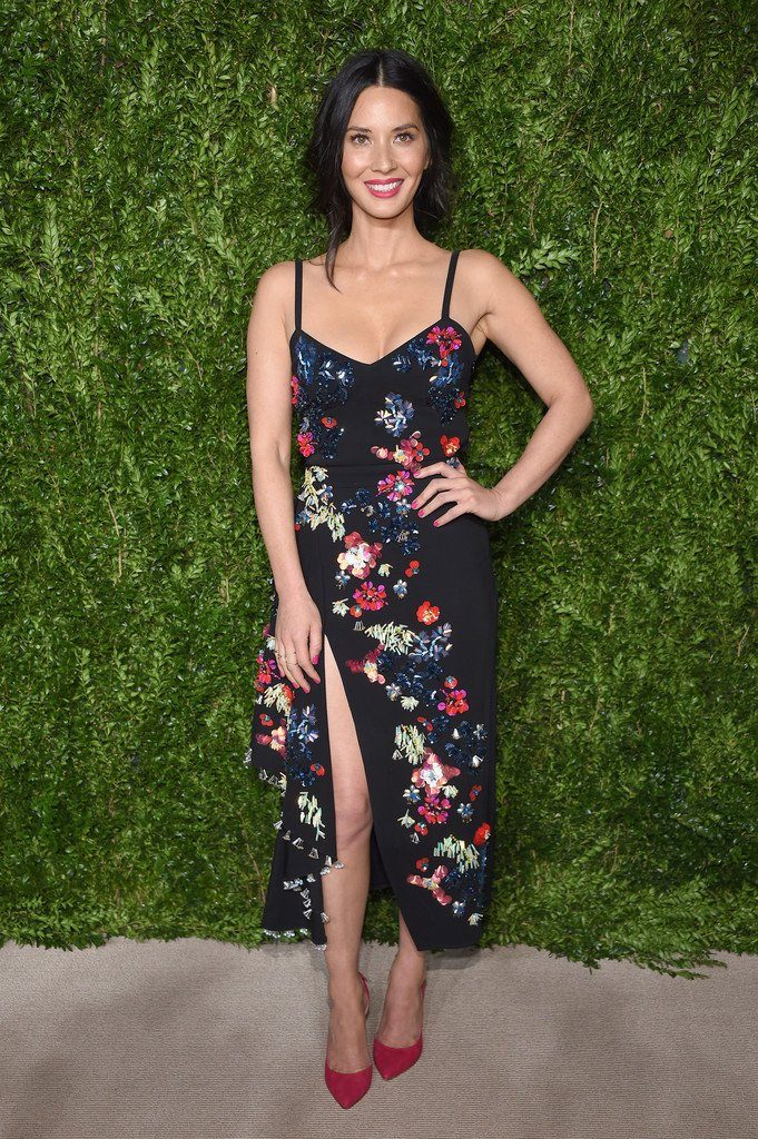 olivia-munn-in-tanya-taylor-at-the-2016-cfdavogue-fashion-fund-awards