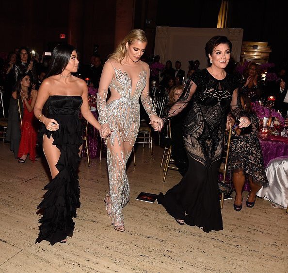 khloe-kourtney-kardashian-at-the-2016-angel-ball-in-new-york