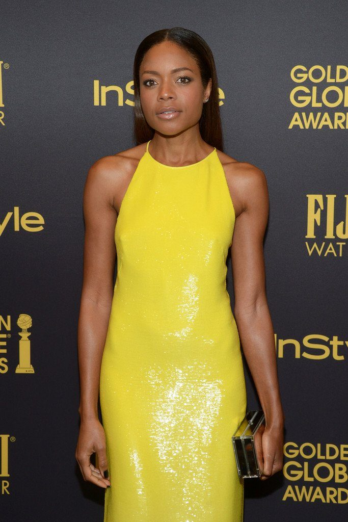 naomie-harris-in-ralph-lauren-at-hfpa-instyle-celebrate-the-2017-golden-globe-award-season