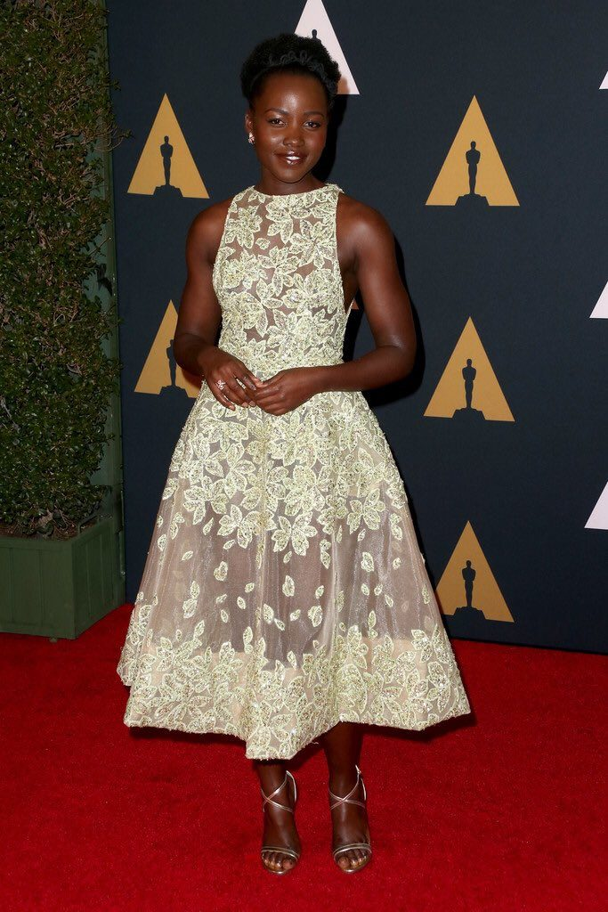 lupita-nyongo-in-elie-saab-at-the-2016-governors-awards