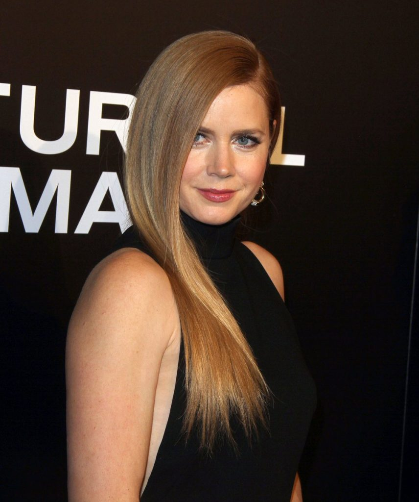amy-adams-in-tom-ford-at-nocturnal-animals-la-premiere