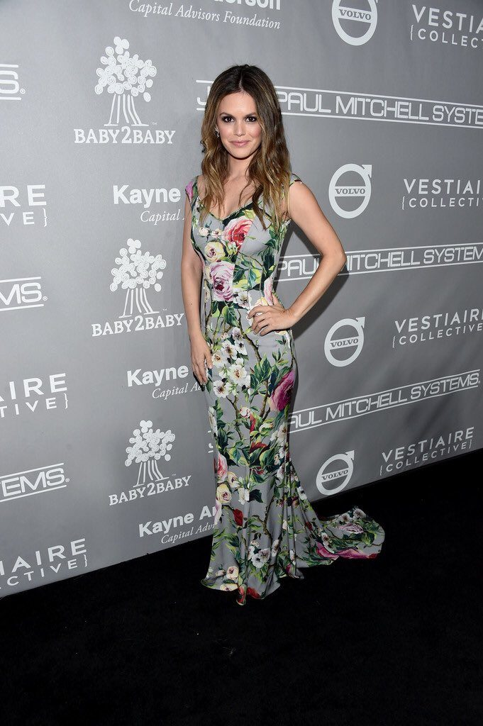 Rachel- Bilson - Dolce- and- Gabbana--2016 -Baby -2- Baby- Gala- Redcarpet