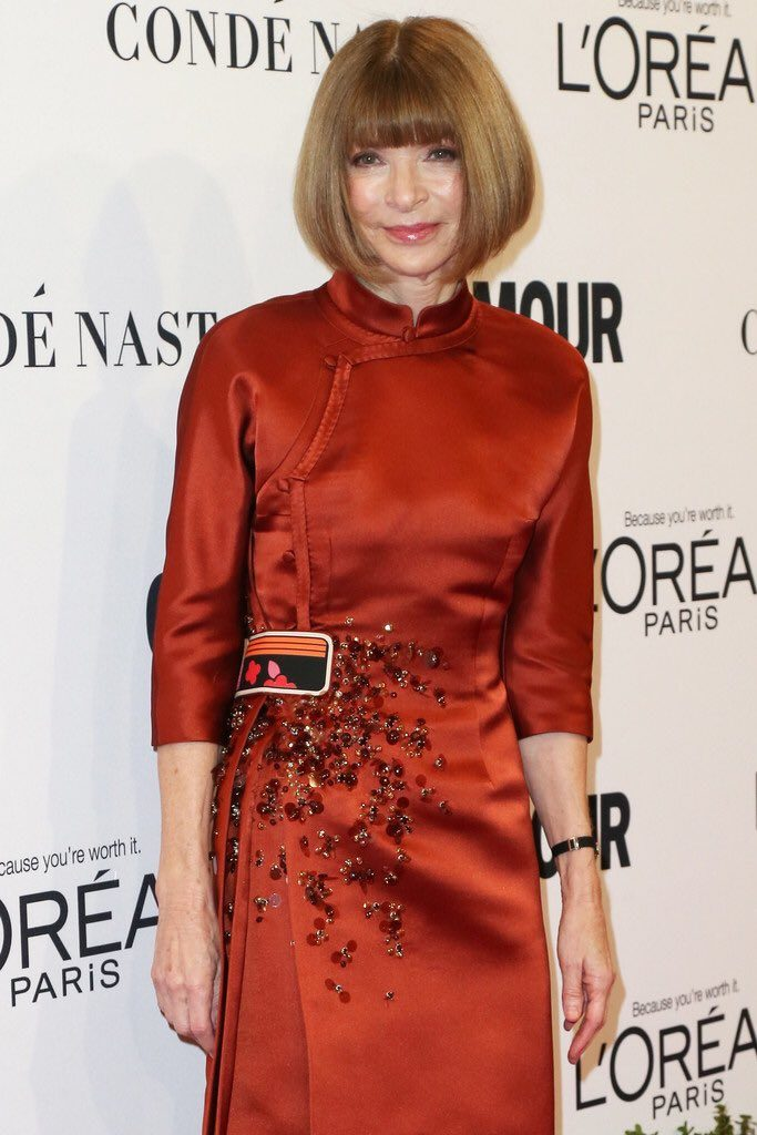 anna-wintour-in-prada-at-glamour-women-of-the-year-2016