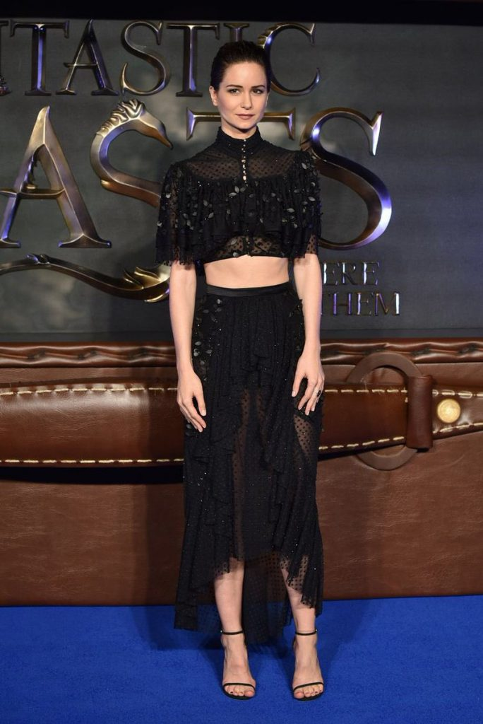 katherine-waterston-in-rodarte-at-the-fantastic-beasts-london-premiere