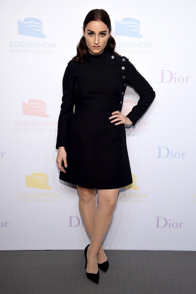 Banks-at-2016-guggenheim-international-gala-made-possible-by-dior