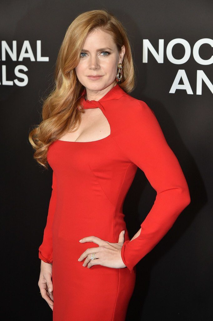 amy-adams-in-tom-ford-at-the-nocturnal-animals-new-york-premiere