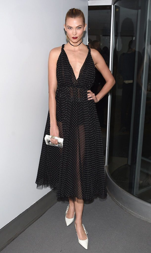 karlie-kloss-in-dior-at-2016-guggenheim-international-gala-made-possible-by-dior