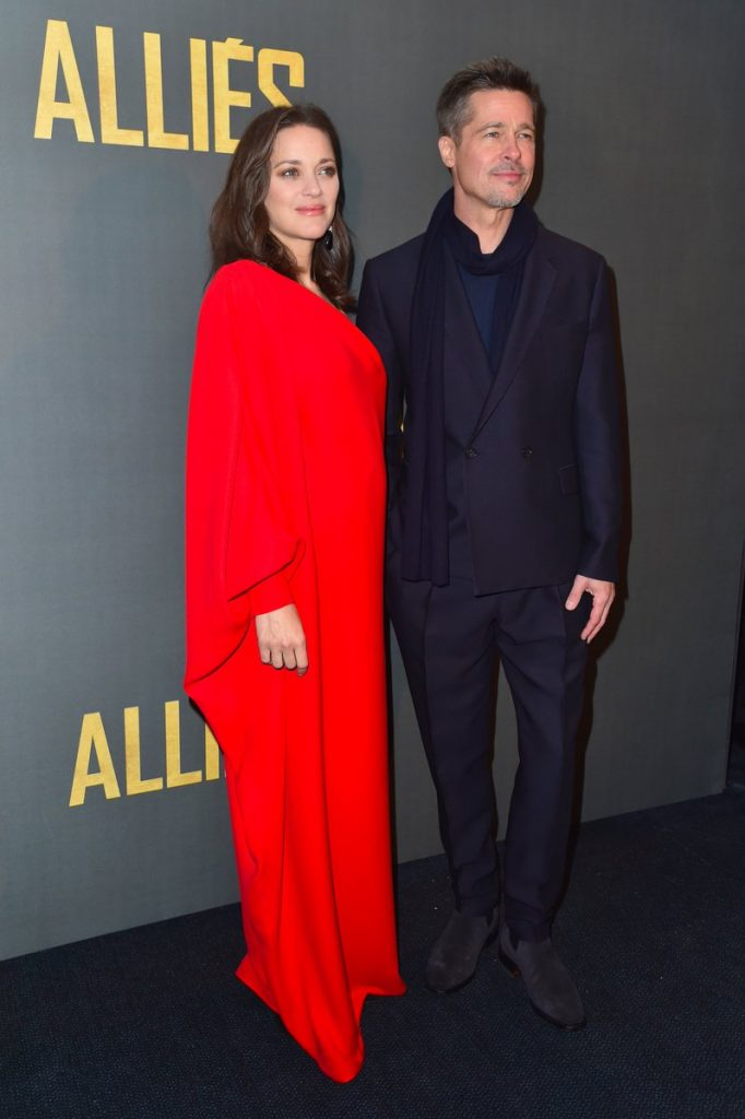 marion-cotillard-in-christian-dior-couture-stella-mccartney-at-the-allied-paris-london-premieres