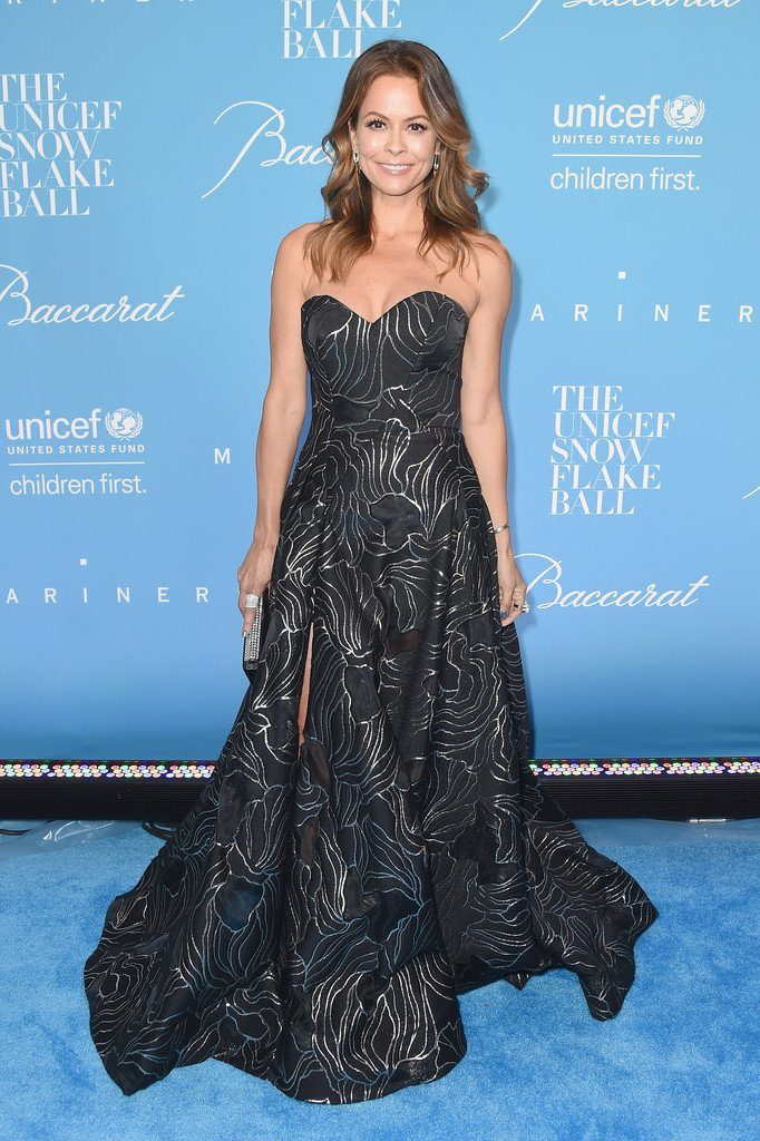 ooke-burke-charvet-in-rubin-singer-at-the-2016-unicef-snowflake-ball