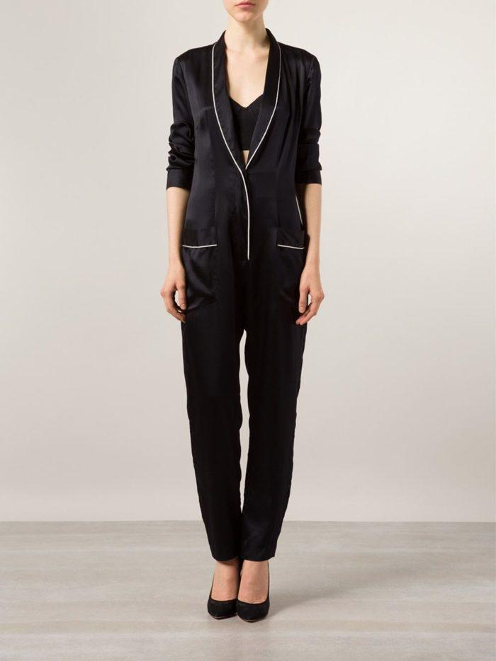 gigi-hadid-stuart-weitzman-vip-dinner-fleur-du-mal-silk-pajama-jumpsuit-700x934