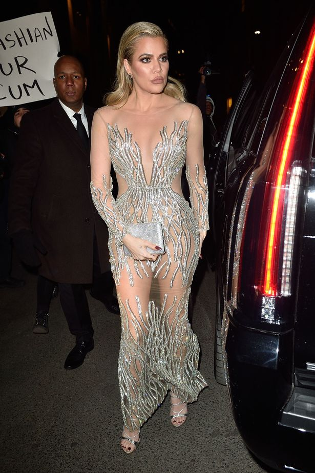 khloe-kardashian-swarmed-by-anti-fur-protestors-outside-the-angel-ball-event-at-cipriani-wall-st-in-1