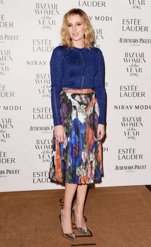 laura-carmichael-harpers-bazaar-women-of-the-year-awards-03-662x1085