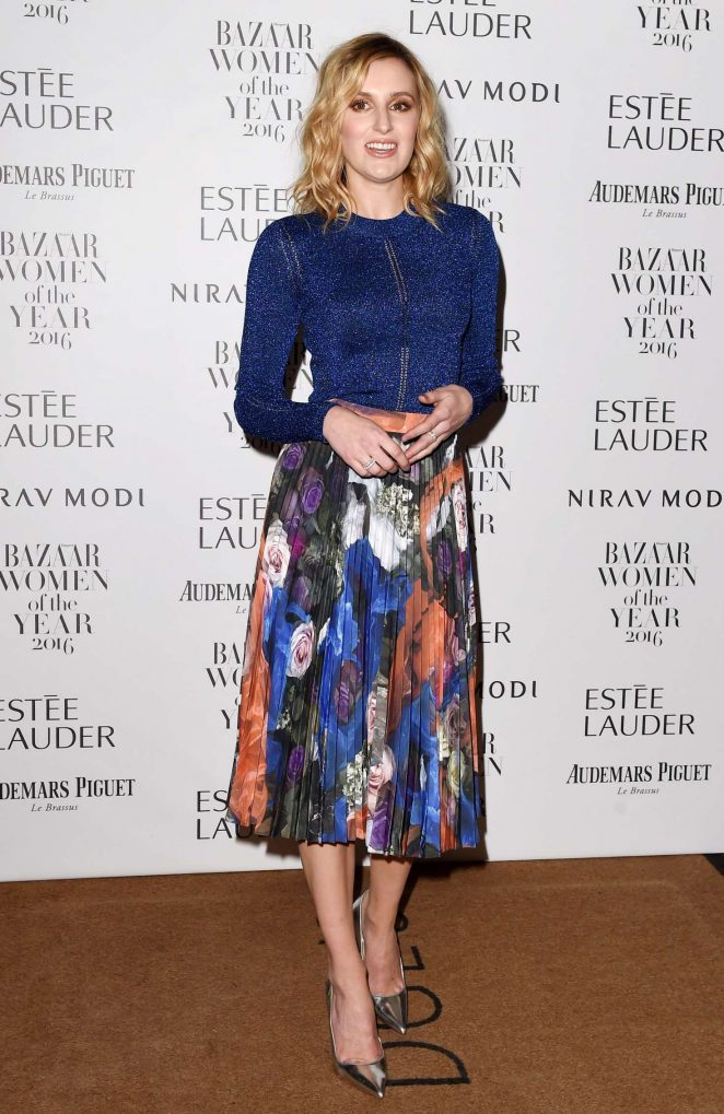 laura-carmichael-harpers-bazaar-women-of-the-year-awards-04-662x1019