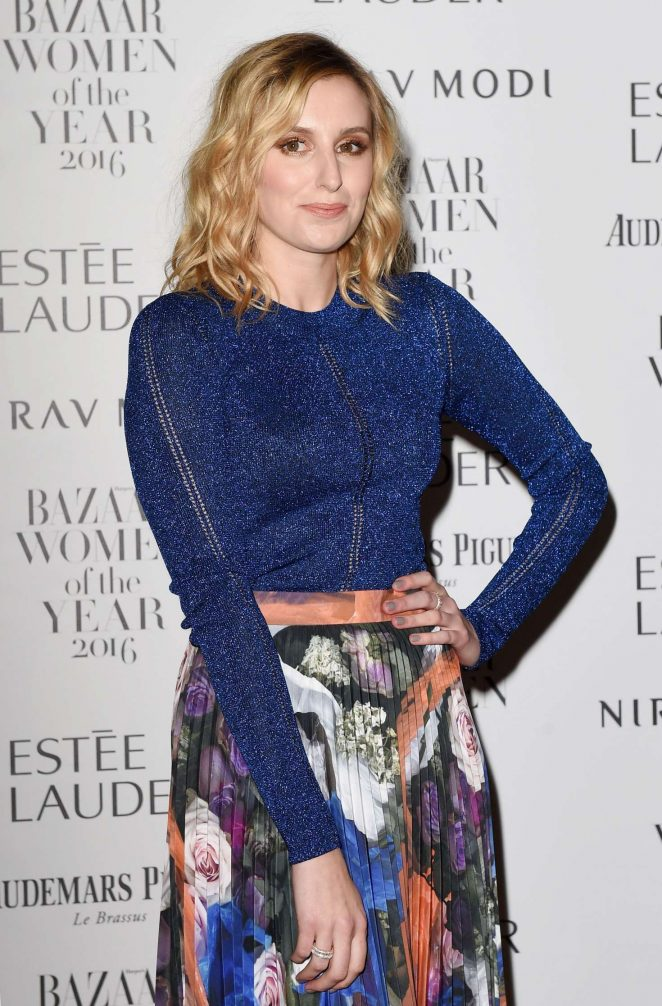 laura-carmichael-harpers-bazaar-women-of-the-year-awards-05-662x1006