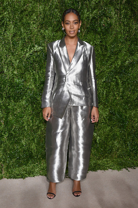 solange-knowles-cfda-vogue-fashion-fund-awards-2016-red-carpet-fashion-off-white-