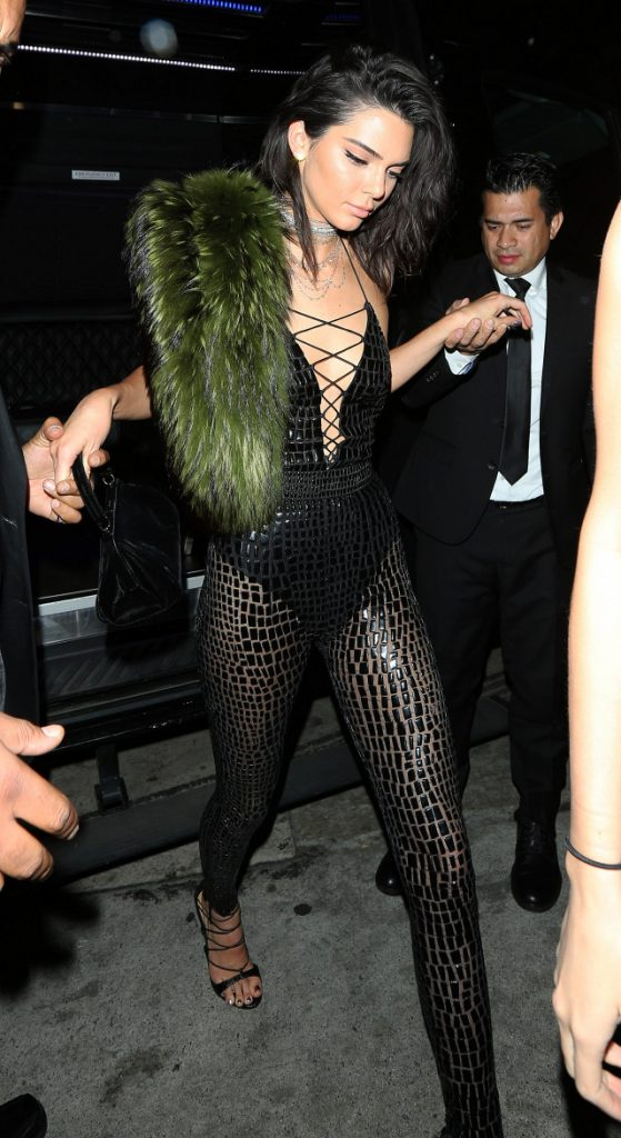 -kendall-jenner-wore-for-her-big-21st-birthday-bash-1963208-1478186159-640x0c