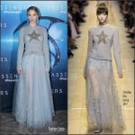 Jennifer Lawrence  In Christian  Dior  At Passengers Paris Photocall