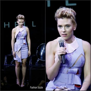 scarlett-johansson-in-atelier-versace-at-ghost-in-shell-global-trailer-launch-in-Japan-1024×1024