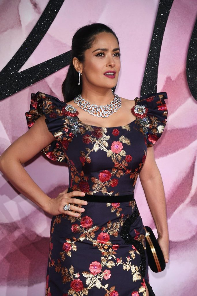salma-hayek-gucci-2016-british-fashion-awards