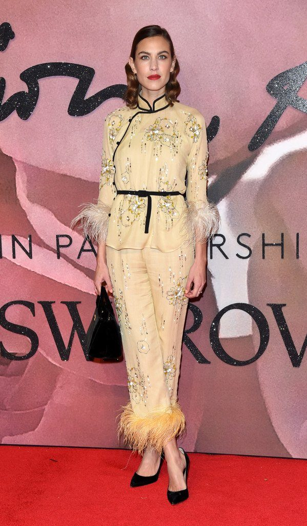 fashionawards2016redcarpetarrivals-