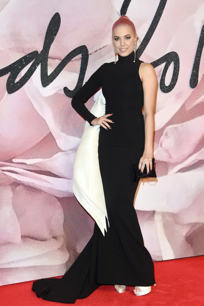 fashionawards2016redcarpetarrivals