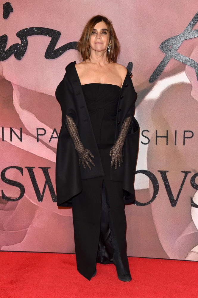fashionawards2016redcarpetarrivals-carine-665x1000