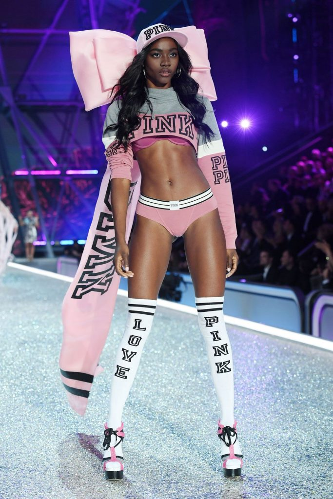 Zuri -Tibby-2016-victoria-secret-fashion-show