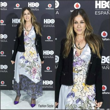 sarah-jessica-parker-in-tracy-reese-at-the-hbo-spain-presentation-photocall-1024×1024