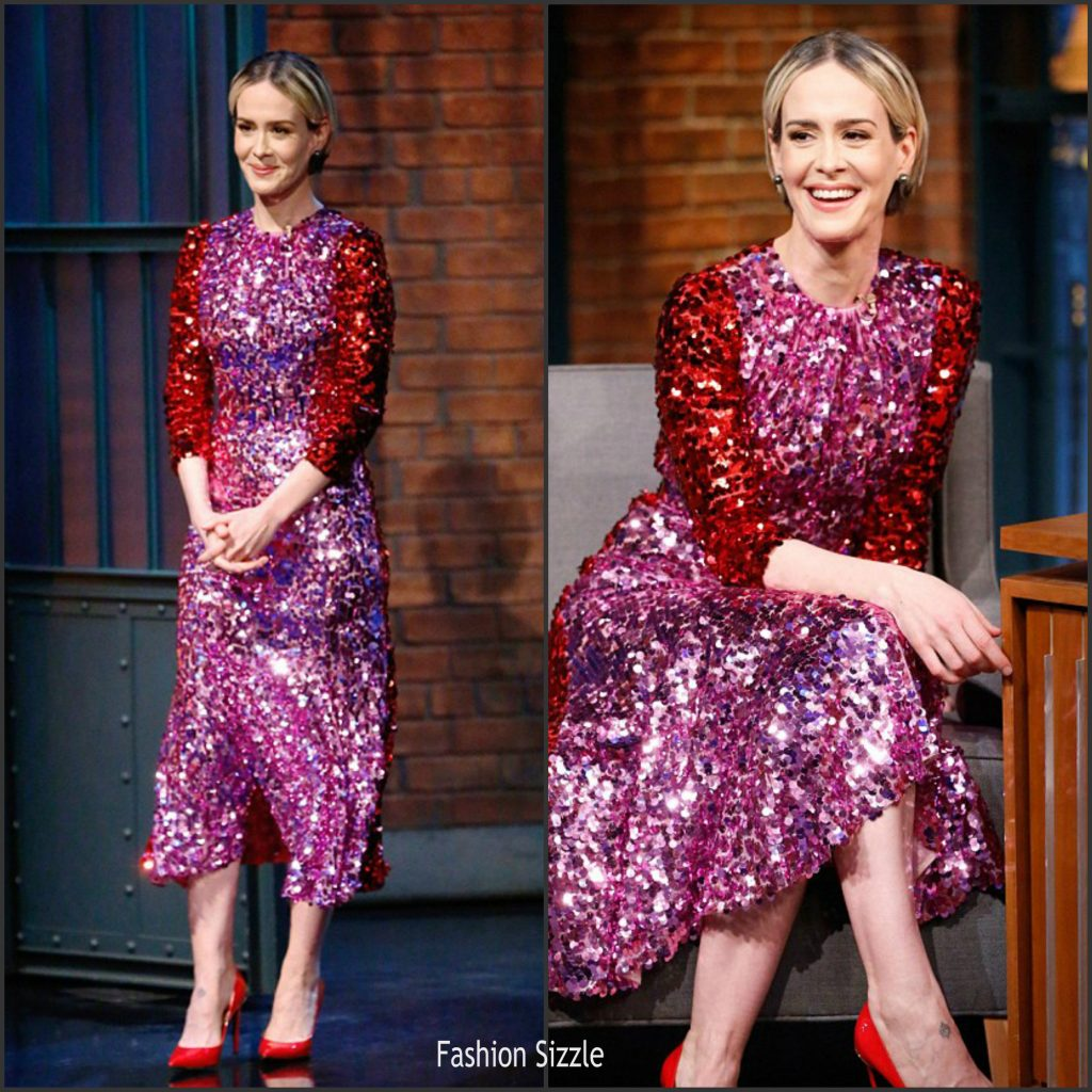 sarah-pulson-paulson-in-dolce-gabbana-on-late-night-with-seth-meyers-1024×1024 (1)
