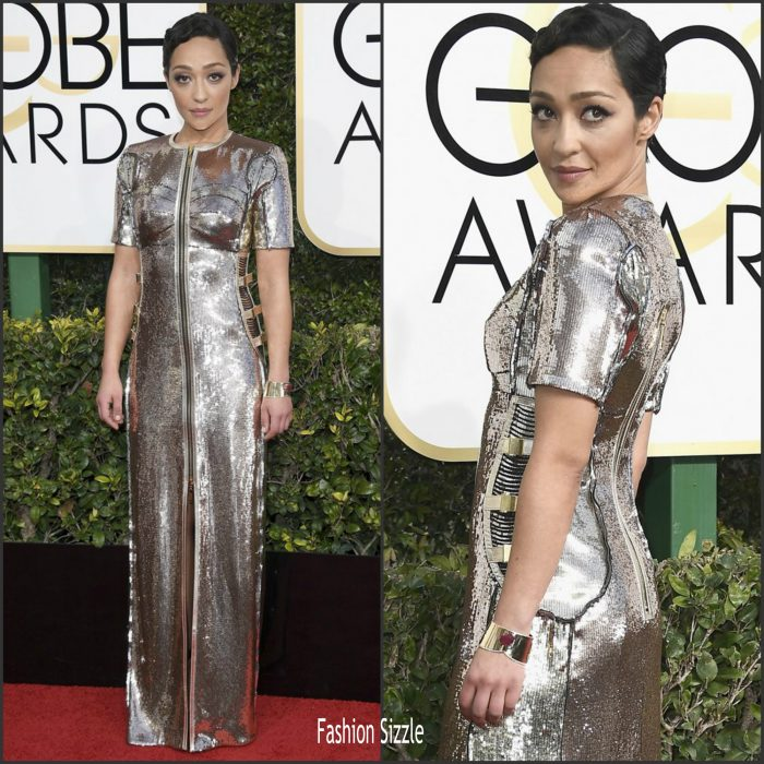 ruth-negga-in-louis-vuitton-at-golden-globe-2017-awards-700×700