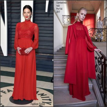 olivia-munn-in-giambattista-valli-2017-vanity-fair-oscar-party-700×700