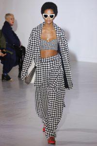 Fashion Sizzler Of The Day Model At Wanda Nylon Fall 2017 Show