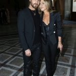 Justin  Theroux  &  Jennifer Aniston  In Louis  Vuitton –  Louis Vuitton x Jeff Koons