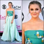Kelsea Ballerini In Monique Lhuillier  At  2017 ACM Awards