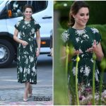 Catherine, Duchess of Cambridge In Rochas  At  The Chelsea Flower Show