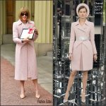 Dame Anna Wintour In Chanel Couture  At Investitures Ceremony