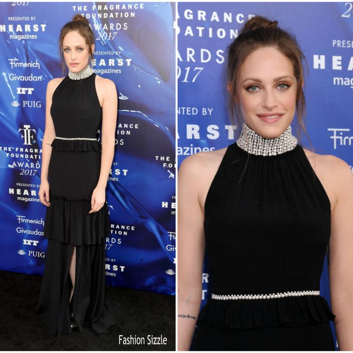 carly-chaikin-in-adeam-2017-fragrance-foundation-awards-700×700