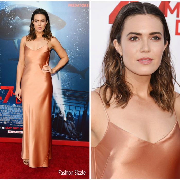 mandy-moore-in-galvin-47-meters-down-la-premiere-700×700 (1)