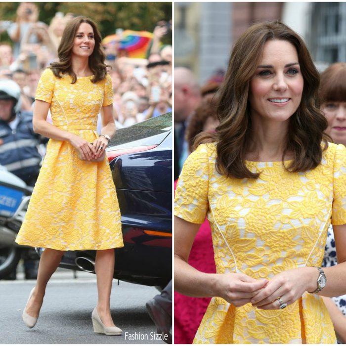 catherine-duchess-of-cambridge-in-jenny-packham-germany-royal-visit-day-2-700×700