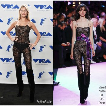 hailey-baldwin-in-alexandre-vauthier-2017-mtv-vmas