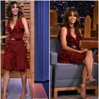 halle-berry-in-elie-saab-the-tonight-show-starring-jimmy-fallon