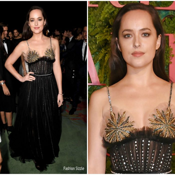 dakota-johnson-in-gucci-green-carpet-fashion-awards-700×700