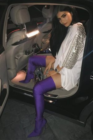 Kylie-Jenner-purple-Balenciaga-stretch-boots