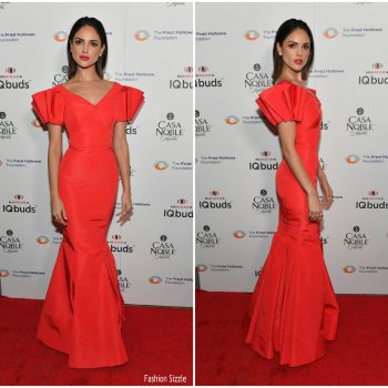 eiza-gonzalez-in-zac-posen-inaugural-fundraising-gala-for-fred-hollows-in-la