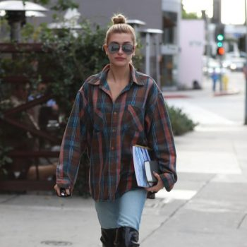 hailey-baldwin-in-denim-leather-boots-zinque-cafe-in-weho-11-01-2017-6_thumbnail