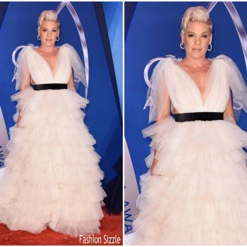 pink-in-monsoori-2017-cma-awards