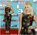 Pixie Lott In Dolce & Gabbana  At  2017 MTV EMAs