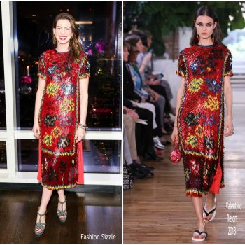 anne-hathaway-in-valentino-every-mother-counts-dinner