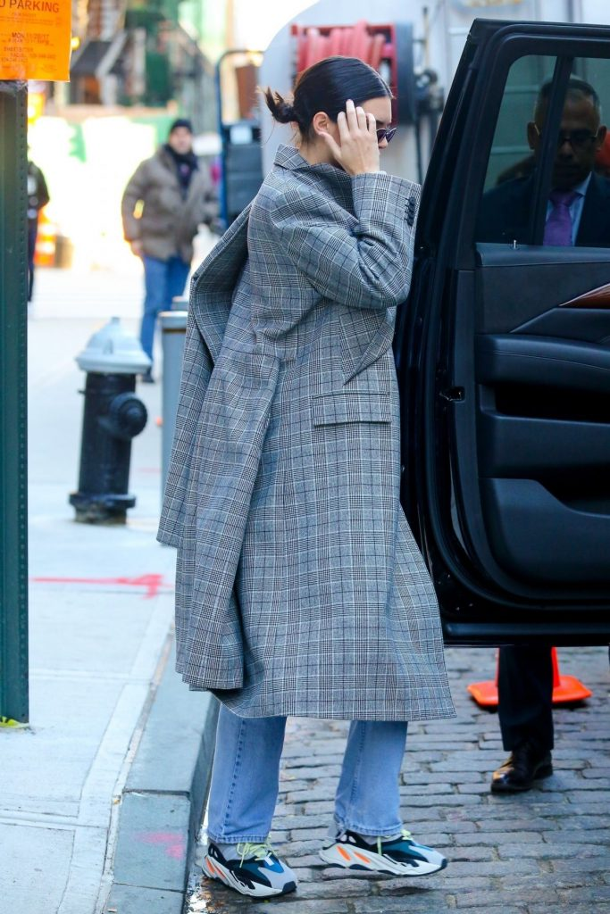 Kendall jenner in balenciaga out in new york fashionsizzle for Balenciaga new york store