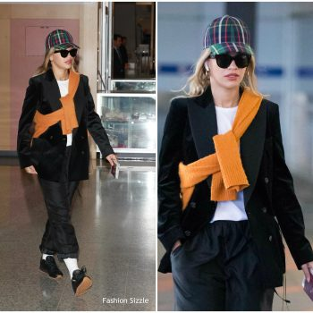 rita-ora-spotted-at-melbourne-airport-november-18-2017